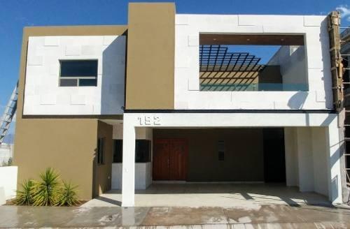 Se Vende Casa Al Norte De Saltillo Fracc Privado Recámara En Planta Baja