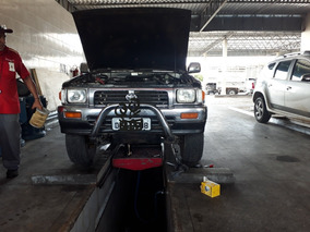 Toyota Hilux 2.8 Sr5 Cab. Dupla 4x4 4p 2000