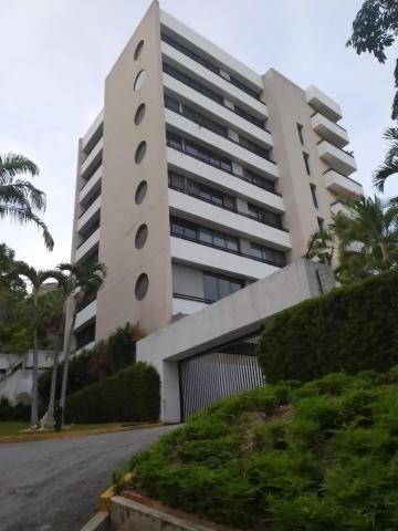Bm 20-3203 Apartamento En Venta, Colinas De Valle Arriba