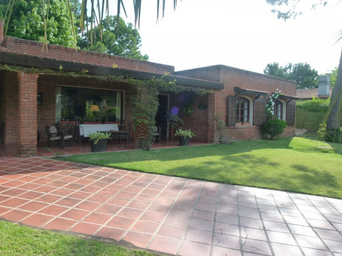 Hermosa Casa Tradicional!- Ref: 2606