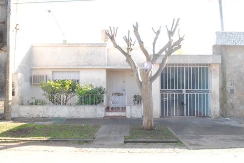 Casa En Venta Rosario  Alberdi  Oeste.