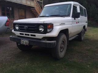 Land Cruiser Toyota