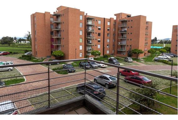 Apartamento En Venta Zaragoza Rah C.o Co:20-555