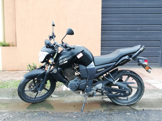 Yamaha Fz 16 (negociable)