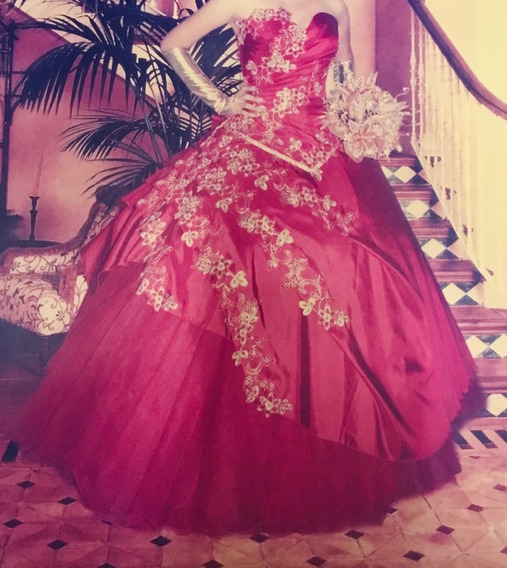 Vestido De Xv Años Rojo Y Dorado