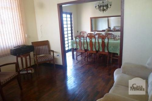 Imagem 1 de 15 de Casa À Venda No Sagrada Família - Código 12240 - 12240