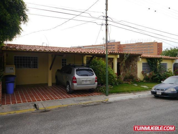 Casa En Venta En Zona Este De Barquisimeto, Lara