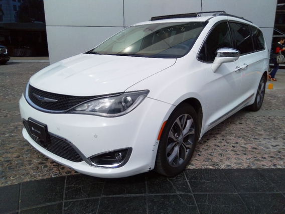 Chrysler - Pacifica (2017)