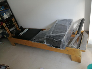 Pilates Reformer. Usada Con Box, Y Tabla Para Jumping