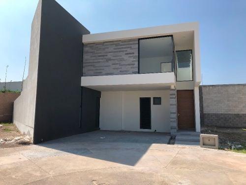 Casa En Venta Alto Lago Residencial