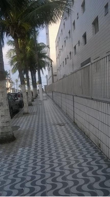 Kitão Dividida Em Praia Grande, Mirim - Kn0135