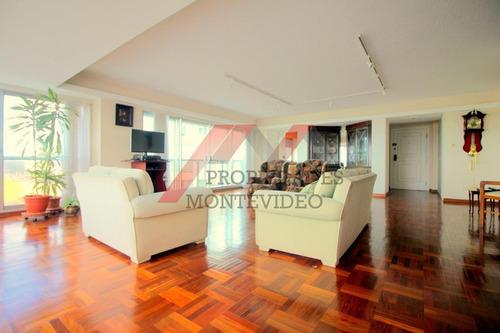 Apartamento En Alquiler - 3 Dormitorios - Cochera - Buceo