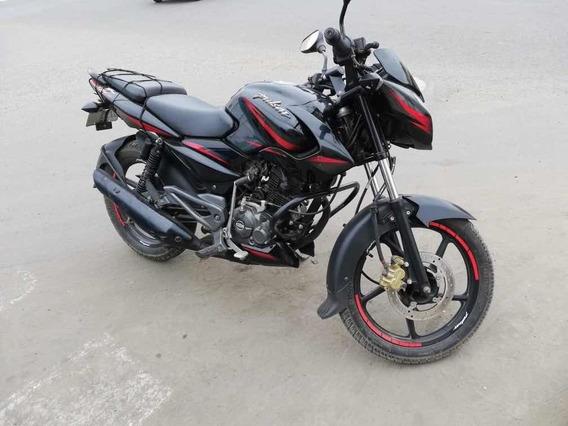 Moto Pulsar 135