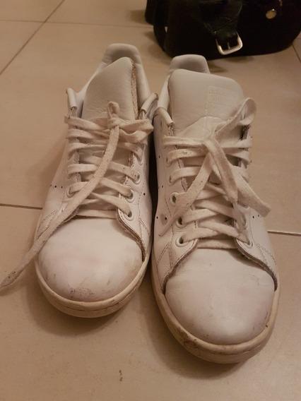 Zapatillas Blancas De Cuero