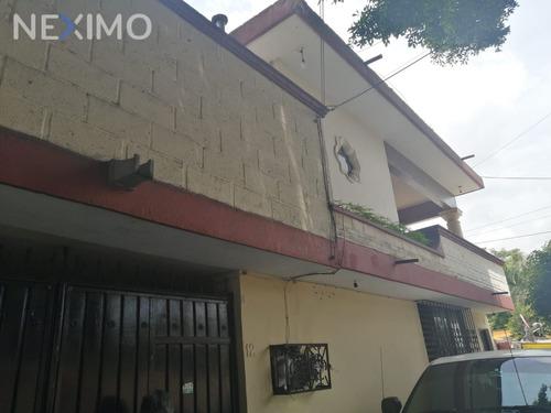 Imagen 1 de 23 de Casa Sola En Venta Con Excelente Ubicación Con Servicios Cercanos A La Zona $2,350,000