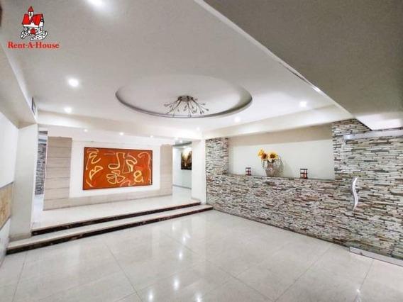 Apartamento En Venta Urb. La Soledad- Maracay 20-17928hcc