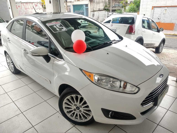Ford Fiesta Sedan 1.6 Titanium Flex Powershift 4p 2015 Teto