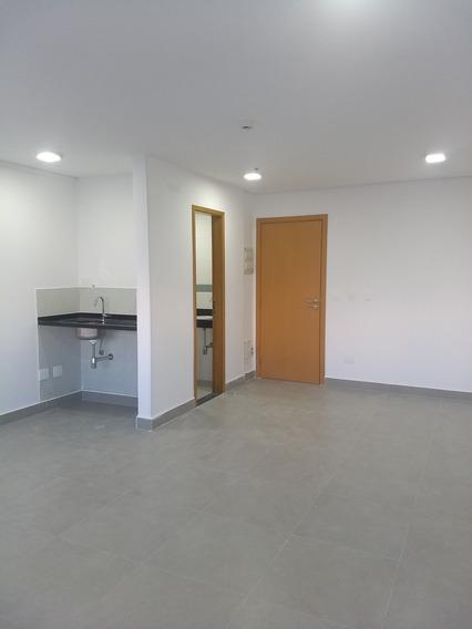 Sala Para Locação No Manhattan Oficce Na Vila Belmiro, Santos - Sp - Liv-2743