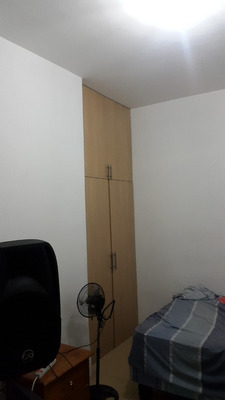 Habitación Dentro De Departamento Compartido