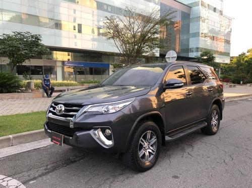 Toyot Fortuner Modelo 2017 4x2 Unico Dueño