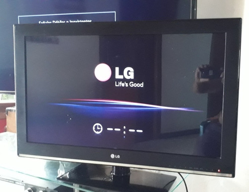 Imagen 1 de 10 de Tv LG 32 Pulgadas Mas Convertidor Smart Tv 4k