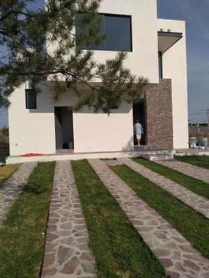 Casa A La Venta En La Campiña Residencial, León, Guanajuato