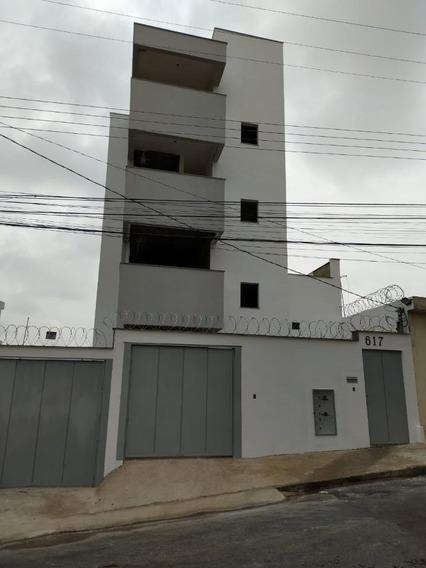 Apartamento No Centro Por Apenas R$ 180.000,00 - 784