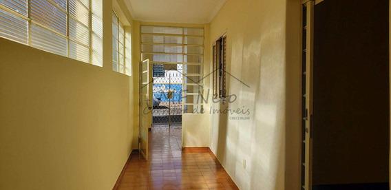Casa Com 2 Dorms, Centro, Pirassununga, Cod: 10131675 - A10131675