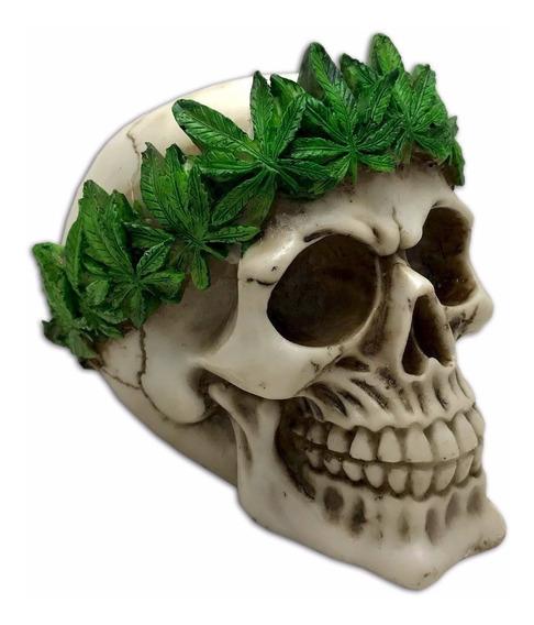 Crânio Caveira Esqueleto Com Coroa Erva Maconha Resina