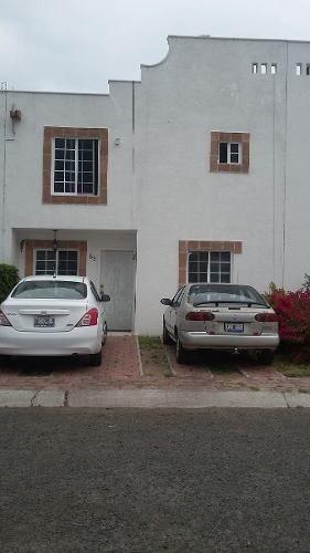 Oportunidad! Hermosa Casa En Fracc. San Mateo - 4 Recámaras