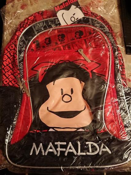 Mochila Mafalda Impermeable Con Manija Y 3 Cierres