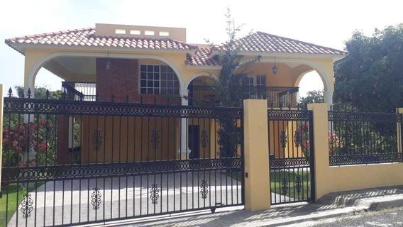 Hermosa Casa En Renta En Jarabacoa