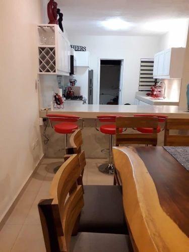 Casa Con Alberca Privada A 5 Cuadras De Playa, Semana O Mes.