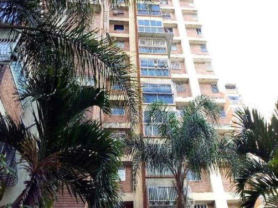 Apartamento En Venta Af Asrs Mls # 17-2633 Mov 04143139622