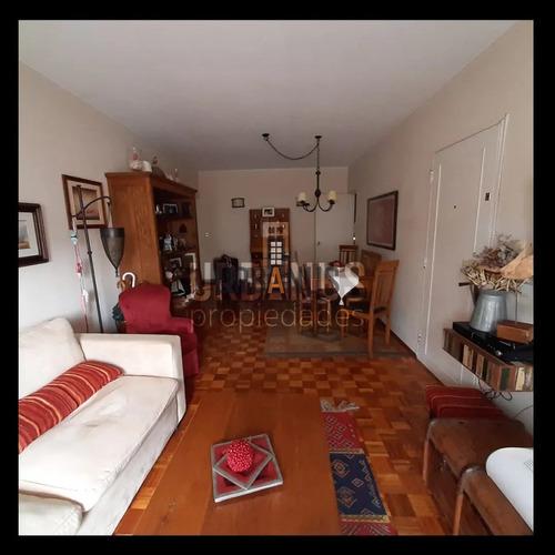 Apartamento 3 Dormitorios, 2 Baños Y Garaje  En Pocitos- Ref: 52