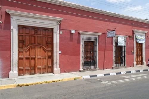 Imagen 1 de 19 de Casa En Renta Tipo Colonial, Cercana Al Paseo De Las Alamedas, Ideal Para Escuelas, Oficinas Y/o Negocio.