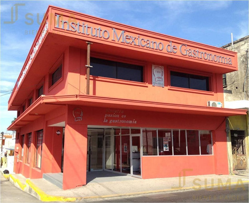 Imagen 1 de 1 de Edificio Comercial - Lauro Aguirre