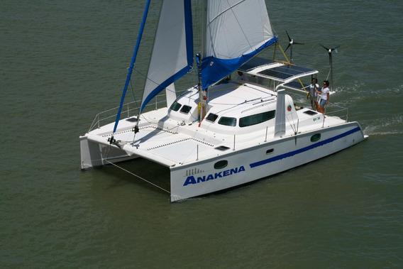 Catamarã Bv 36