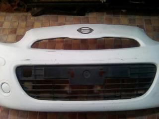 Facia Delantera De Nissan March 2012/14