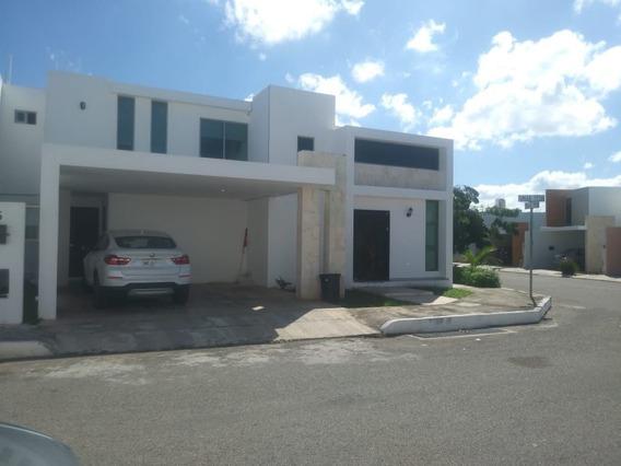 Casa En Residencial Torremolinos