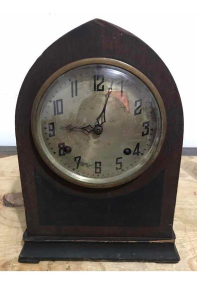 Reloj Estilo Catedral Antiguo