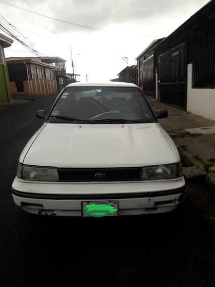 Toyota Corolla Automovil