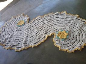 Tapete De Crochê Com Flores Em Forma De S