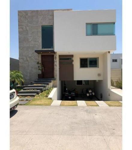 Casa En Venta En Fracc Solares Residencial