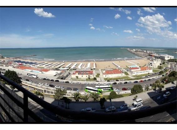 Excepcional Oportunidad Frente Al Mar En Playa Gde