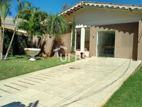 Casa 5 Quartos À Venda, 238 M² Por R$ 745.000 - Setor Sul - Ca0471