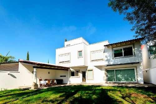 Casa En Venta - Jurica - C1487