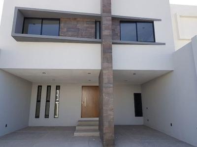 Casa En Venta Villamagna