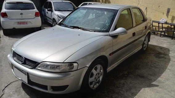 Chevrolet Vectra 2.2 Gl 4p 2002
