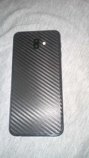 Celular J6+